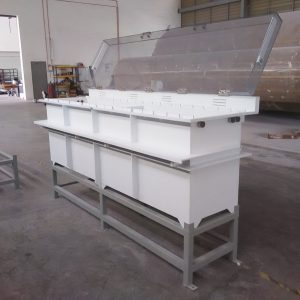 PP electroplating tank with cover